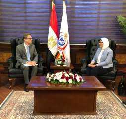 سفير ألمانيا بالقاهرة يناقش مع وزيرة الصحة التعاون الثنائى بين البلدين